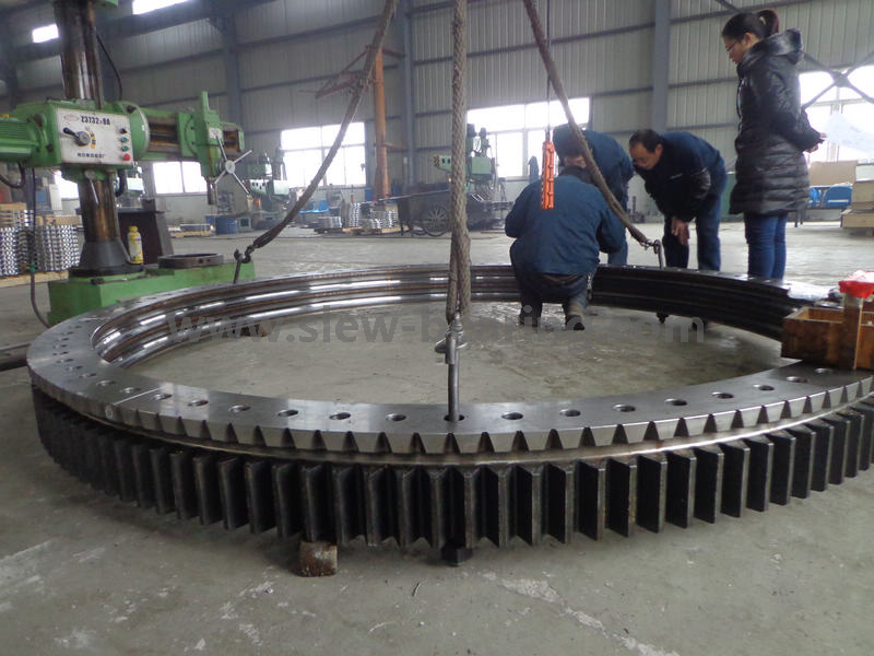 High quality of slewing bearing for port crane